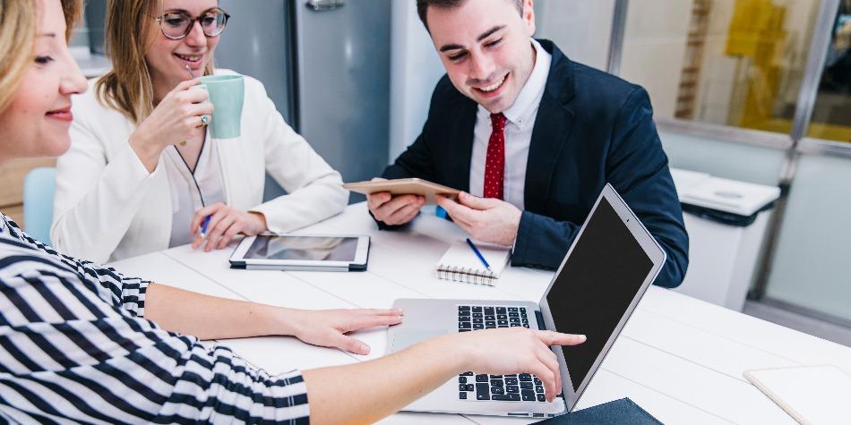 Entre las aplicaciones del inbound marketing está el marketing de contenidos, que se ha transformado en una alternativa eficiente para la generación de oportunidades de negocio en el ambiente digital.