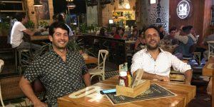 Izq-der- Juan Carlos Valencia, Ivan Castaño de Chef Burger